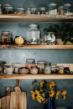 Kitchen Design, Kitchen Decor, Minimal Decor, Gothic Home Decor, Gothic House, Kitchen Shelves, Fall Wreaths, Cheap Home Decor, Home Kitchens