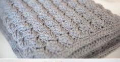 Cozy & Free Baby Blanket Crochet Pattern