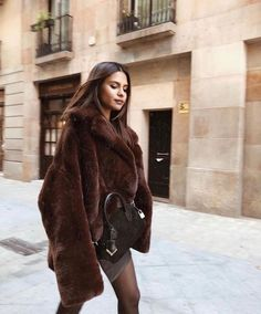 Winter Coats Women, Coats For Women, Spring Outfits, Winter Outfits, Mood, Girly Outfits, Trendy Outfits, Cute Outfits, Outfit Of The Day