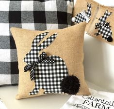 This trendy check Bunny Pillow Cover is full of Easter goodness. With a big pom pom tail, this Easter Bunny Pillow Cover is sure to bring smiles and sweet love for the season. With its neutral color palette, it will easily blend in with the traditional pa Sewing Pillows, Diy Pillows, Decorative Pillows, Throw Pillows, Pillow Ideas, Cushion Ideas, Applique Pillows, Diy Couch, Fall Pillows