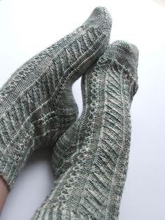Cornflower Socks pattern by Karen Scott
