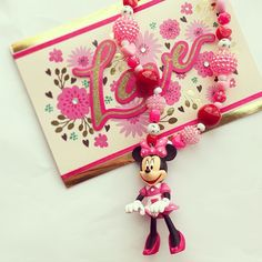 Minnie! #hiphoneybee #bubblenecklace #kidsjewelry #minniemouse #disney #love #pink #red #gifts #birthday