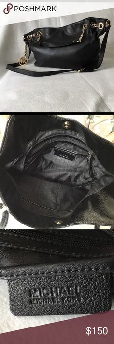Michael Kors Black Leather Bag with gold chains! Michael Kors Black Leather bag with gold chain. Excellent pre-owned condition with zero sign of wear! Bundle to save or make me an offer! Michael Kors Bags Shoulder Bags