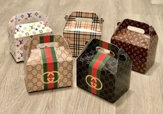 Gucci / Louis Vuitton / Burberry / Fashion Favor Boxes / Treat Boxes / Gift BoxesYou can find Favor boxes and more on our website. Party Gifts, Diy Gifts, Party Favors, Shower Favors, Shower Invitations, Sweet 16, Favor Boxes, Gift Boxes, 50th Birthday Party
