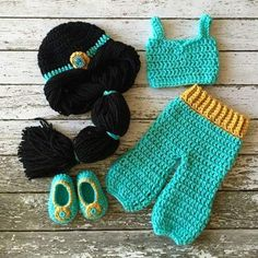 Princess Jasmine Inspired Costume/ Crochet Princess Jasmine Wig/Princess Costume/Princess Photo Prop Newborn to 12 Month Size-MADE TO ORDER Prinzessin Jasmin. Crochet Princess, Baby Girl Crochet, Crochet Baby Clothes, Crochet For Kids, Newborn Crochet, Crochet Amigurumi, Crochet Beanie, Knit Crochet, Costume Minnie Mouse