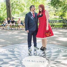 Imagine getting married in Strawberry Fields at the John Lennon memorial. Yeah I went there...  Find out more about the best places for a Central Park elopement with @centralparkweddingclaire on the blog this week.   Link in Bio Great capture by @andymarsphotography