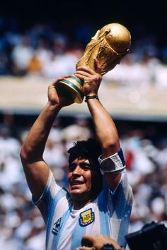 Diego Maradona Argentina World Cup 1986 Football Drills, Football Icon, Football Is Life, World Football, Football Soccer, Lionel Messi, Mexico 86, Argentina Football, Diego Armando