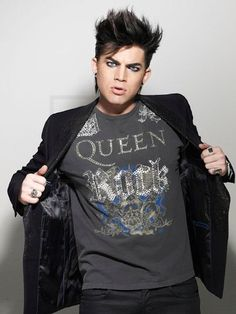 Want to see him & Queen tog again!!!