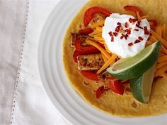 Mexican inspired dishes have a reputation for being delicious, but with sour cream, and beans, and tons of sautéed onions often involved, these menu items can typically be troublesome for us low FODMAPers. With all her culinary experience, our food editor Nicole set out to make some low FODMAP fajitas that were every bit as …