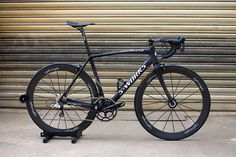 Specialized Tarmac SL3 | 5,58kg. SRAM Red, Cannondale (!) Hollowgram crankset, Lightweight wheels.