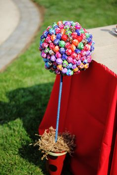 lollipop tree.. this is such a cute idea