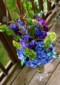blue wedding details with natural curly willow branch centerpieces by kiokreations