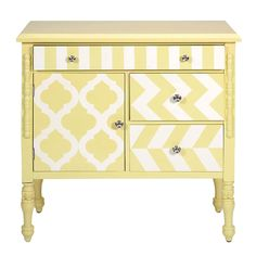 32 Hardy Graphic Print Chest in Yellow