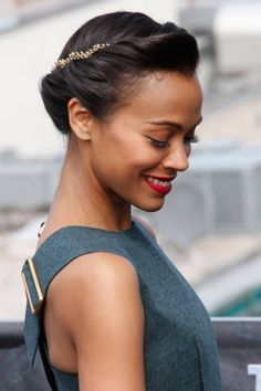 #TheList: Holiday Hair. Zoe Saldana