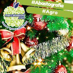 #SabíasQue en 2014 el #DistritoFederal registró una producción de 11,250 plantas de árbol de navidad. El árbol de #Navidad es un elemento decorativo, típico de la fiesta de Navidad. Tradicionalmente suele emplearse una conífera de hoja perenne, destacando entre ellas las especies de abeto (abies nordmanniana). Algunos de sus elementos decorativos son: estrella, esferas, luces y escarcha.  www.mercabastos.com #ComprayVendeSinIntermediarios   #Abastografia #MercaTips