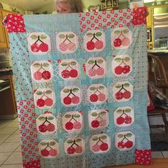 YeeHaw!!! My peep @kitqueen50 just finished sewing the borders into her #piecherriesblock quilt from Farm Girl Vintage book