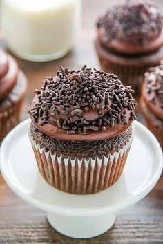Old-Fashioned Chocolate Buttermilk Cupcakes | Cake Cooking Recipes
