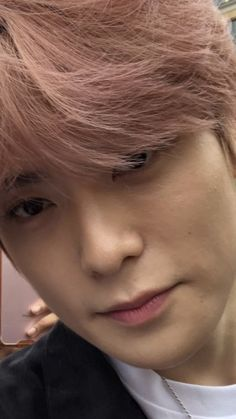 """""""Can y'all spam me with unwhitewashed Jaehyun pics please-"""""""