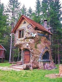 Minimalist House Design Ideas - The minimalist architectural design, which is re. - Minimalist House Design Ideas – The minimalist architectural design, which is really entrenched in - Cool Tree Houses, Fairy Houses, Play Houses, Storybook Homes, Storybook Cottage, Tree House Designs, Tiny House Design, Minimalist House Design, Minimalist Home