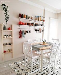 Tidy Kitchen, Kitchen Decor, Kitchen Design, Happy Home Designer, I Coming Home, Cottage Kitchens, Dining Room Design, My Room, Decoration