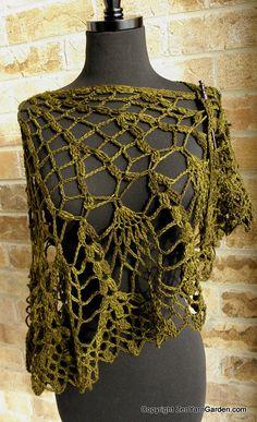 Crochet Pineapple Shawl by RoxanneZYG, via Flickr