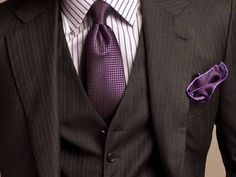 Like the tie, but would prefer a lighter grey (of the suit)