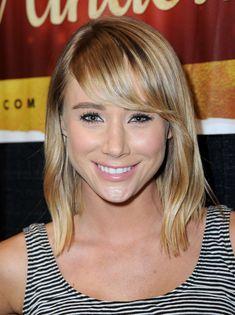 Sara-Underwood. Perfect blonde. Perfect highlights.