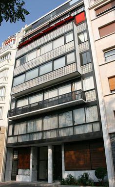 Inmueble Porte Molitor es una obra de Le Corbusier construdia en Paris, Francia en el año 1931-1934.