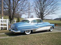 1951 Buick Roadmaster. Love 50s cars