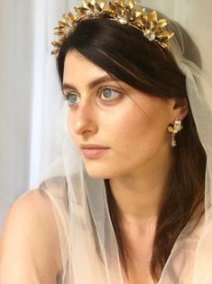 The Octavia Headpiece brings to mind Grecian goddesses and flowing gowns. The delicate golden leaves on this headpiece halo the face to create a. Grecian Goddess, Headpieces, Halo, Gowns, Fashion, Vestidos, Moda, Fascinators, Curve Dresses