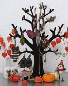 Beitrag 10 von @frl. wunderbar  #schmuck #schmuckbaum #deko #jewelry #jewelrytree #homedecor - http://www.fashionforhome.de/schmuckbaum-challenge
