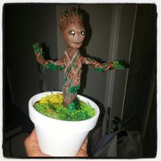 Selfmade babygroot in sculpey