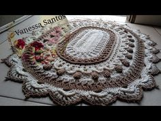 Crochet Flowers, Quilts, Blanket, Rugs, Youtube, Film, Knitted Rug, Crochet Doily Rug, Pallet Kitchen Cabinets