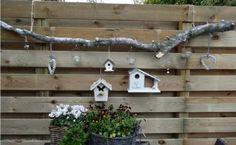 Findest Du Deinen Gartenzaun Auch Etwas Langweilige? Dann Pimpe Deinen Zaun Mit Diesen 12 Kreativen Ideen