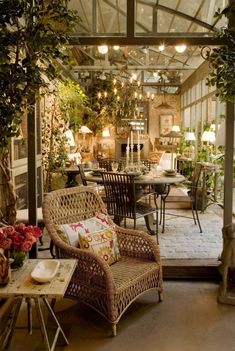 Indoors our out? Don't you love the feeling when the two merge? Love it! Love it! Becara, Madrid