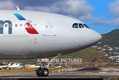 US Airways N289AY aircraft at Sint Maarten - Princess Juliana Int photo