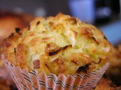 Briose aperitiv cu praz si branza Muffins, Pie, Breakfast, Desserts, Food, Salads, Torte, Morning Coffee, Tailgate Desserts