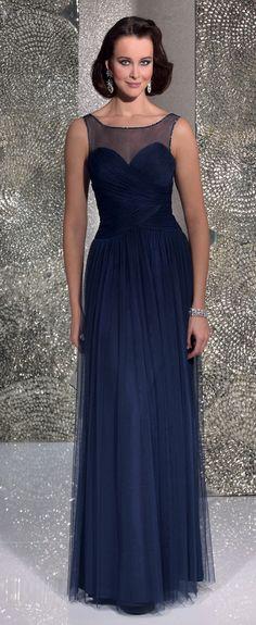 Isabel de Mestre - Evenings Abendkleider Kollektion 2016 (Art.15E017): Langes Abendkleid in Blau mit transparenten Trägern.