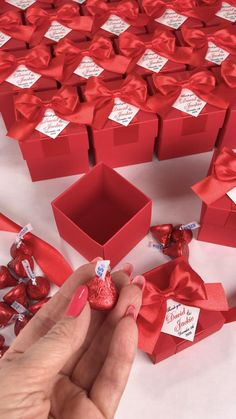 Red wedding favor box with satin ribbon bow and custom names, Elegant personalized gift boxes make a unique way to thank guests for attending your special day. #welcomebox #giftbox #personalizedgifts #weddingfavor #weddingbox #weddingfavorideas #bonbonniere #weddingparty #sweetlove #favorboxes #candybox #elegantwedding #partyfavor #redwedding #burgundywedding #giftboxes #uniqueweddingfavors #uniqueweddingideas Candy Wedding Favors, Wedding Gifts For Guests, Beach Wedding Favors, Wedding Favor Boxes, Party Favors, Chocolate Flowers Bouquet, Flower Box Gift, Destination Wedding Welcome Bag, Wedding Doors
