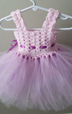 Crochet/Tulle baby dress by De Boy Crochet Patterns, Crochet Baby Dress Pattern, Baby Dress Patterns, Crochet Cap, Crochet Baby Clothes, Crochet Stitches, Crochet Toddler, Crochet For Boys, Crochet Tutu Dress