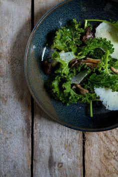 kale and wild mushroom salad  YUM