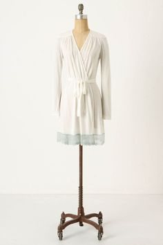 For more information about Robe Femme can visit http://www.shoptendance.com