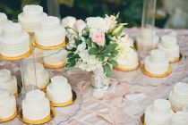 Style Me Pretty mini miniature two tier wedding cakes