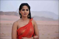 Anushka Shetty In Ragada new Gallery, Anushka Shetty Hot And spicy in Ragada movie, Anushka With Nag latest stills. South Indian Actress Anushka Shetty hot pics in saree Female Actresses, Hot Actresses, Hollywood Actresses, South Actress, South Indian Actress, Indian Film Actress, Indian Actresses, Red Saree, Sari
