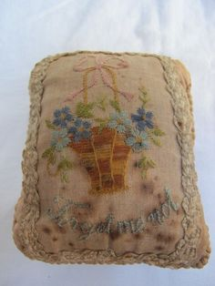 """Antique WW1 Era """"Forget Me not"""" Embroidered Linen Pin Cushion C1915 