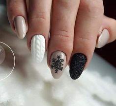 Winter manicure - The most beautiful nail designs Xmas Nails, Holiday Nails, Christmas Nails, Simple Christmas, Christmas Nail Designs, Halloween Nails, Cute Acrylic Nails, Glitter Nails, Cute Nails