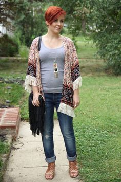 Thrift and Shout Thrift and Shout blog, boho, Romwe,, cute outfit of the day, maternity, pregnancy, dressing the bump, 22 weeks, fashion, style, Target heels, red hair, asymmetrical haircut, Jane Iredale makeup, short hair, petite, dress, Forever 21 necklace, fringe, kimono, Vigoss boyfriend jeans, Bealls purse