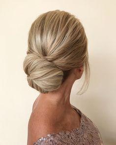 Elegant hairstyle ideas,chignon hairstyle,mother of the bride hairstyles,hairstyle ideas,hair ideas,wedding hairstyles,bridal hair ,bridal hair ideas,wedding updo,upstyle,wedding hairstyle ideas