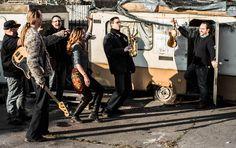 AZűrös Bandaelső lemeze (Fonó) felkerült a nemzetközi világzenei toplistára. A supergroupnak is tekinthető csapat debütáló albuma a World Music Charts Europe (WMCE) legfrissebb, novemberi listáján a 17. helyet foglalja el....