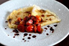 A moist crepe is topped with sauteed balsamic tomatoes and finished off with local honey and powdered sugar for a truly sweet & savory dish Cherry Tomato Recipes, Onion Recipes, Mushroom Recipes, Salad Recipes, Vegetable Recipes, Pickle Onions Recipe, Best Greek Salad, Feta Salad, Cheese Salad